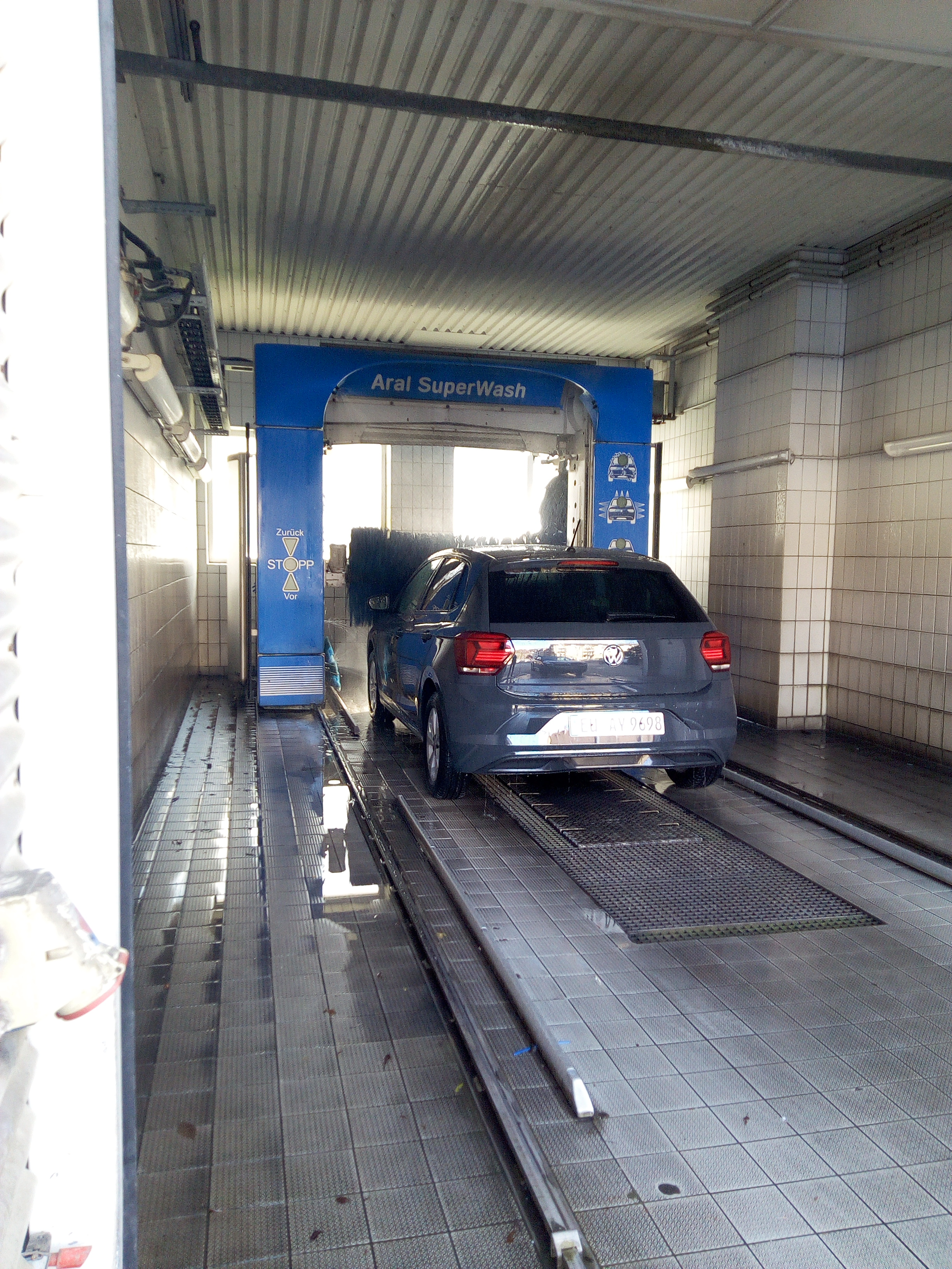 a modern car wash  in Germany